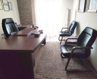 Πωλούνται μεταχειρισμένα έπιπλα γραφείου