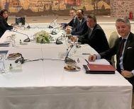 Στο τραπέζι του διαλόγου μετά από 5 χρόνια Ελλάδα – Τουρκία, για διερευνητικές επαφές -Παράλληλα υπογράφηκε η προμήθεια 18 Γαλλικών μαχητικών Rafale, ύψους 1,92 δισ. ευρώ
