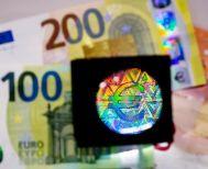 Σε ποιες παροχές και φοροελαφρύνσεις θα μοιραστούν τα 910 εκατ. ευρώ