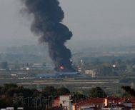 Μεγάλη φωτιά στο διαλογητήριο- επιχείρηση εμπορίας αυτοκινήτων Polis Tracks