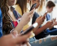 Τέλος στους λογαριασμούς ανηλίκων στα social media! - Τι αλλάζει με το νέο νομοσχέδιο