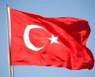 Τσενγκίζ Ακτάρ: Το βίαιο παρελθόν της Τουρκίας εξηγεί το παρόν και το μέλλον της