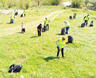 Κυριακάτικο κυνήγι  των σκουπιδιών από τους   Εθελοντές Καθαριότητας