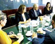 """Δ. Αβραμόπουλος: """"Προτεραιότητά μας οι καλύτερες συνθήκες στα νησιά"""""""