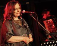 ΧάριςΑλεξίου: Σταματάω το τραγούδι, δεν μπορώ να τραγουδήσω όπως παλιά