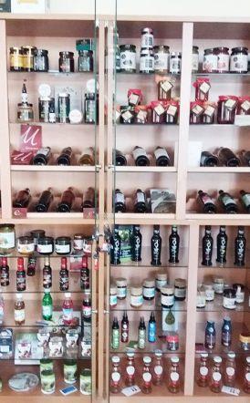 Έκθεση με τοπικά αγροτικά και παραδοσιακά προϊόντα στις εγκαταστάσεις του ΕΛΓΟ-ΔΗΜΗΤΡΑ Σκύδρας