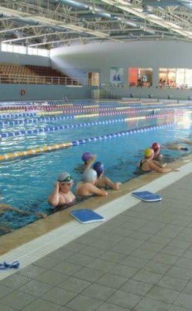 Ανοίγουν για το κοινό δημοτικό κολυμβητήριο και γήπεδο στην Νάουσα