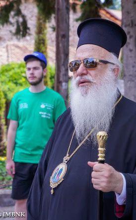 Ο Σεβασμιώτατος  μητροπολίτης κ. Παντελεήμων  στις εγκαταστάσεις της Ιεράς Μονής Παναγίας Δοβρά στη Βέροια