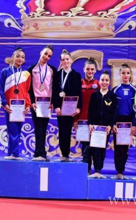 Με 7 χρυσά μετάλλια επέστρεψε ο Φίλιππος από το διεθνές τουρνουά ROYAL CROW - Βασίλισσα της διοργάνωσης η Κατερίνα Κίατση!