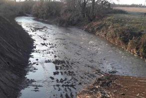 Ξεκίνησαν τα έργα καθαρισμού ποταμών και ρεμάτων στην Ημαθία - Σε ποιες περιοχές θα γίνουν επεμβάσεις