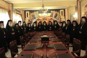 Διαρκής Ιερά Σύνοδος: Κεκλεισμένων των θυρών, Ακολουθίες και Λειτουργίες της Μεγάλης Εβδομάδας