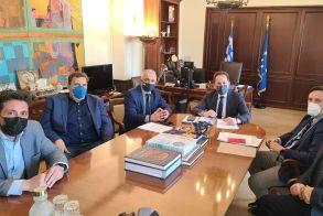 Συνάντηση του Δημάρχου Νάουσας  με τον Αναπληρωτή Υπουργό Εσωτερικών Στέλιο Πέτσα για την αξιοποίηση του αναπτυξιακού προγράμματος  «Αντώνης Τρίτσης»