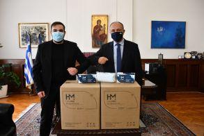 Δωρεά χιλιάδων μασκών από εταιρεία σε αστυνομία, τελωνεία και κοινωνικά ιδρύματα παιδιών