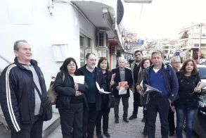 Περιοδείες της Λαϊκής Συσπείρωσης Βέροιας σε εμπορικά καταστήματα και καφενεία της οδού Πιερίων και της Πλ. Ωρολογίου.