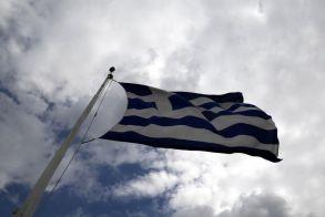 Χρέος 30 χιλιάρικα  για κάθε Έλληνα