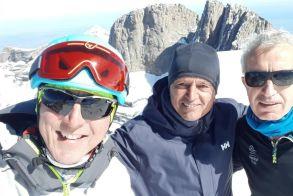 Καλή θέση της Μαρίας Ντάνου - Ναουσαίοι Ορειβάτες στα 2912 μέτρα υψόμετρο