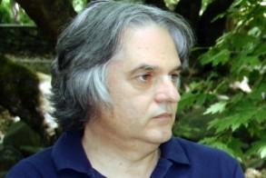 Γιάννης Καμπούρης: «Άδοντες και ψάλλοντες», ενώ η πόλη μας «βυθίζεται»...