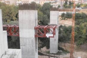 Με «καρφί»  η ενημέρωση  του δημάρχου  για τη γέφυρα