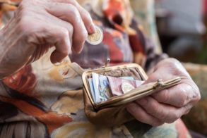 Συντάξεις: Τρεις μεγάλες αλλαγές  φέρνει η κυβέρνηση Μητσοτάκη - Παραδείγματα και αναλύσεις