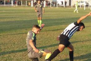 Άτυχη η Αγκαθιά  έμεινε στο 1-1 με τον Αλμωπό Αριδαίας. Πέντε λεπτά καθυστέρηση η έναρξη του αγώνα