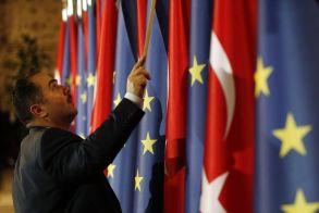 Προειδοποίηση ΕΕ στην Τουρκία: Μονόδρομος οι κυρώσεις