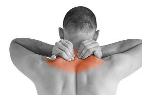 Αυχενικό σύνδρομο: Ποιες κινήσεις το επιδεινώνουν