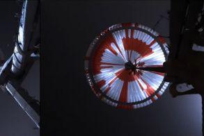 NASA: Εντυπωσιακό βίντεο από τον Άρη, καρέ – καρέ η ιστορική προσεδάφιση (Βίντεο)