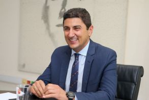 Αυγενάκης: «Ελπίζουμε να έχουμε φιλάθλους στα γήπεδα- Οι επιχορηγήσεις δόθηκαν για πρώτη φορά με κανόνες»