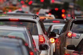 Αλλάζουν τα όρια επιβατών για ΙΧ, ταξί και βαν - Τι ισχύει για μάσκες και πρόστιμα