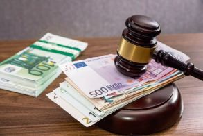 Ιστορική απόφαση  για τους δανειολήπτες  σε ελβετικό φράγκο