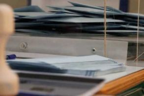 Παράταση της εκλογικής διαδικασίας