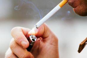 Μύθος το «ερασιτεχνικό» κάπνισμα! Και λιγότερα από πέντε τσιγάρα βλάπτουν τους πνεύμονες