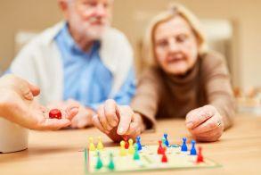 Τα επιτραπέζια παιγνίδια βοηθούν στην καταπολέμηση της άνοιας