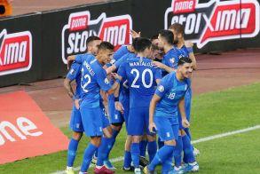 Γκολ στον κορωνοϊό βάζουν Έλληνες ποδοσφαιριστές! - Μαζεύουν χρήματα για δημιουργία ΜΕΘ