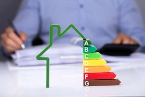 Τράπεζα Πειραιώς: Βελτιώστε το ενεργειακό  αποτύπωμα της κατοικίας σας · Άνοιξε ο Β' κύκλος του προγράμματος «Εξοικονόμηση κατ΄  Οίκον ΙΙ»