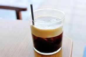 Η επιστημονική εξήγηση για όσους πίνουν σκέτο καφέ
