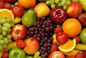 Το αντικαρκινικό φρούτο που κάθε καπνιστής πρέπει να τρώει
