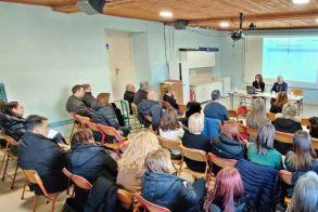 Επιμορφωτική ημερίδα στο 3ο Δημοτικό Σχολείο Βέροιας - Παρουσιάστηκαν τα προγράμματα εκπαίδευσης  eTwinning και Erasmus Plus