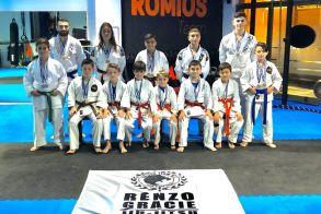 Επέστρεψαν με 23 μετάλλια στο στήθος! - Θρίαμβος του ΑΣ Ρωμιού στο Κύπελλο Jiu-Jitsu Κομοτηνής - Χρήστος Μιχαήλωβ: Είμαι χαρούμενος που έχω απλά και ταπεινά παιδιά