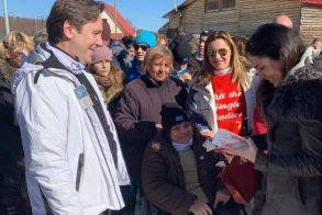 Στιγμές χαράς και συγκίνησης για περισσότερα από 100 άτομα με αναπηρία στη δράση «know the snow του Δήμου Νάουσας