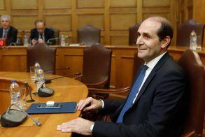 Απόστολος Βεσυρόπουλος στη Βουλή: «Στόχος της κυβέρνησης, να κρατήσει ζωντανή την οικονομία, ανοιχτές τις επιχειρήσεις και να διατηρηθούν οι θέσεις εργασίας»
