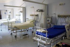 Κορονοϊός: Κατέληξε γυναίκα στην Πτολεμαΐδα - Στους 214 οι νεκροί στη χώρα