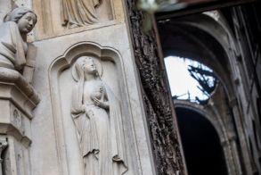 Παναγία των Παρισίων: Συγκλονίζουν οι πρώτες φωτογραφίες από το εσωτερικό!