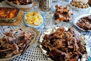 ΚΕΠΚΑ: Προσοχή κατά την αγορά των τροφίμων για το πασχαλινό τραπέζι