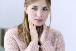 Έξι τρόποι να υποχωρήσει ο πονόλαιμος