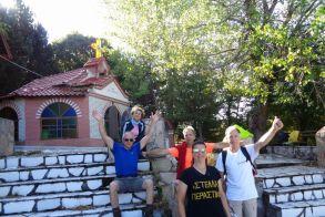 Στην Καστανιά και στην κορυφή