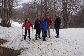 Στην κορυφή  Καρατάσι 2.027 μέτρων με τους Ορειβάτες Βέροιας