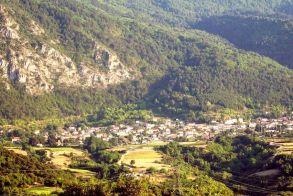 Στην παραμεθόριο  των χωριών στα Πιέρια