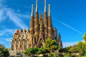 Η Σαγράδα Φαμίλια της Βαρκελώνης απέκτησε άδεια μετά από 137 χρόνια!