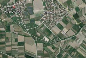 Πωλούνται στον Αρχάγγελο Νάουσας 2 χωράφια κολλητά, 25 και 11 στρεμμάτων